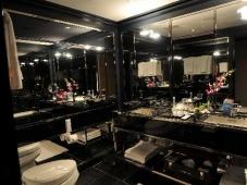 Chatwal-bathroom2