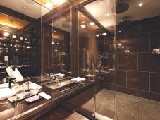 Chatwal-bathroom1